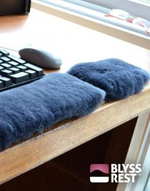Blyss Rest Sheepskin Mouse Wristrest - regular size